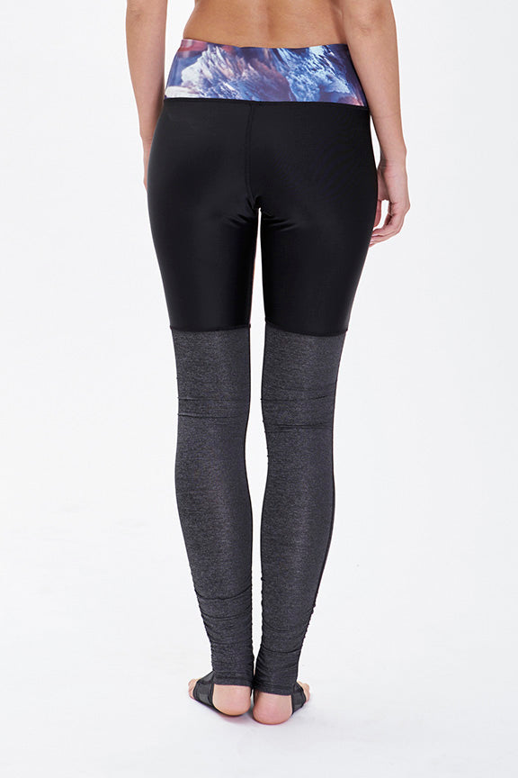 Vega Dancers Leggings