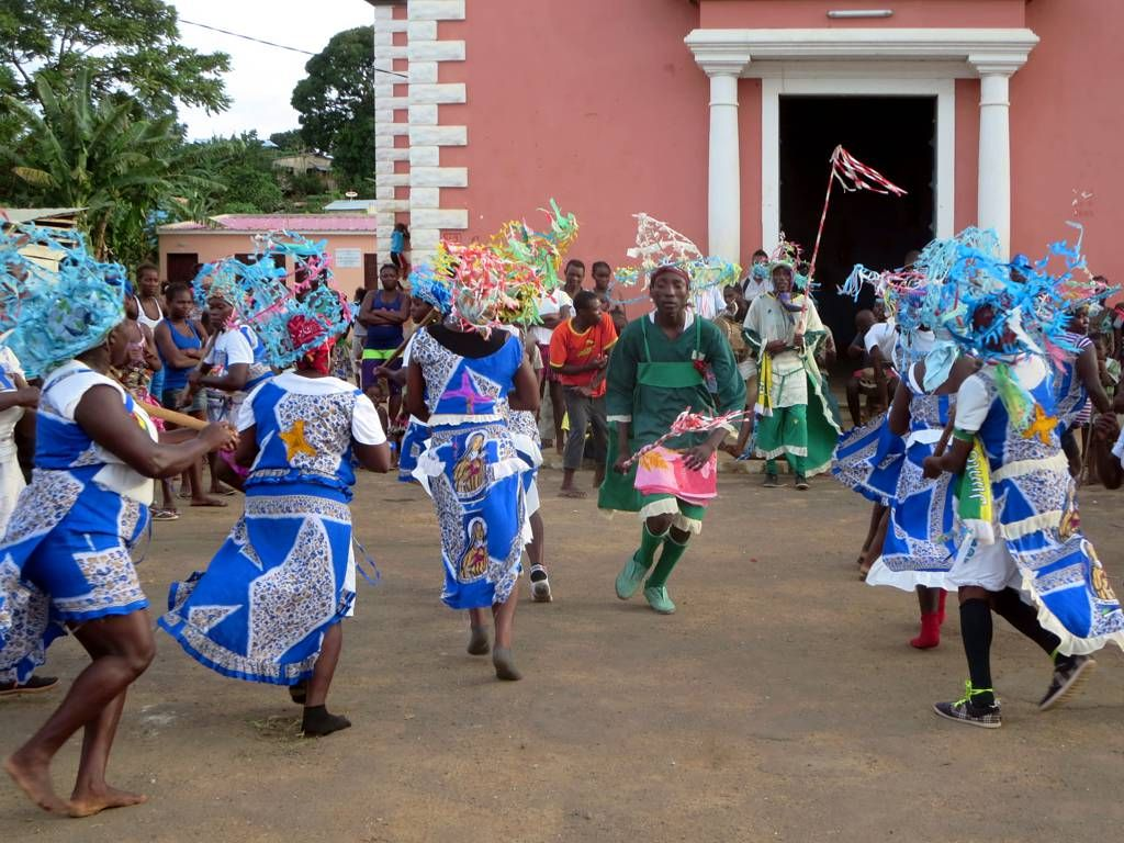 Traditional Wedding Styles In São Tomé And Principe2