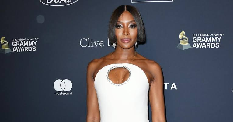 Burberry Partners With Naomi Campbell For TB Summer Monogram Campaign