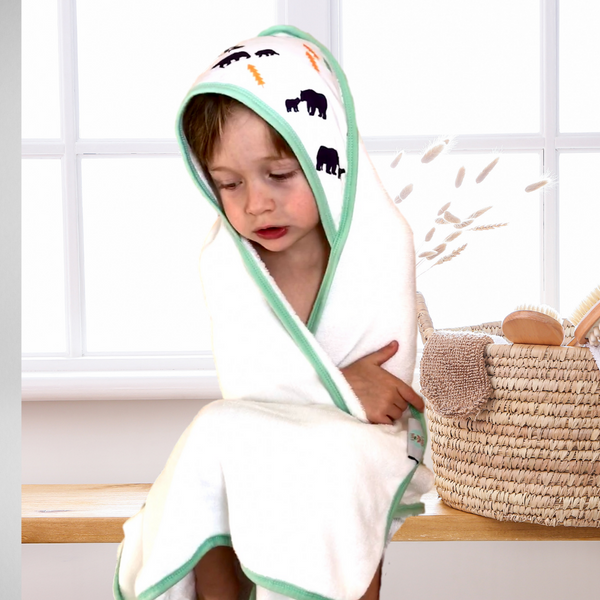 All I Can Bear - Hooded Towel & Washcloth Bath Set