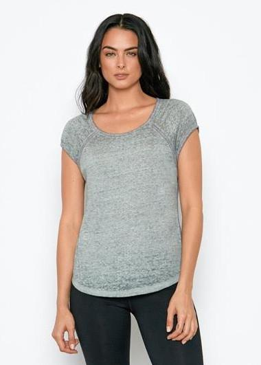 Korra raglan tee in pale green made from recycled polyester