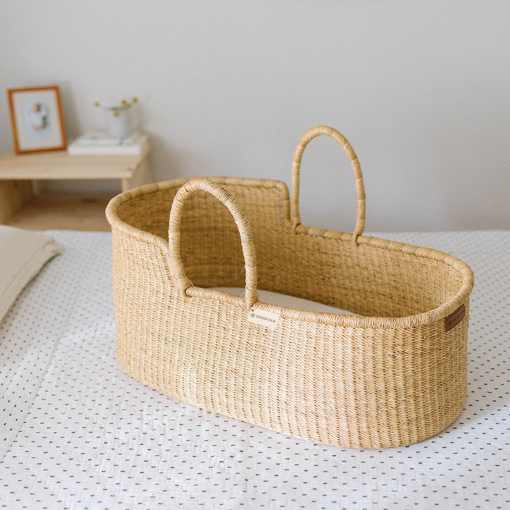 Signature Bilia Bassinet: Vegan (No Leather Handle/ Only Grass)