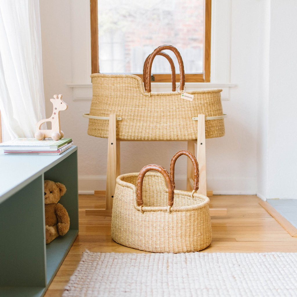 Signature Bilia Bassinet & Doll Basket Combo: Natural