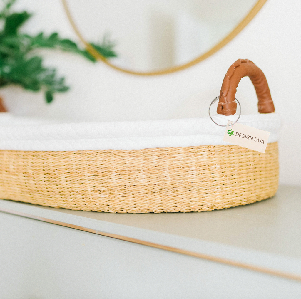 Handwoven Changing Basket: Natural