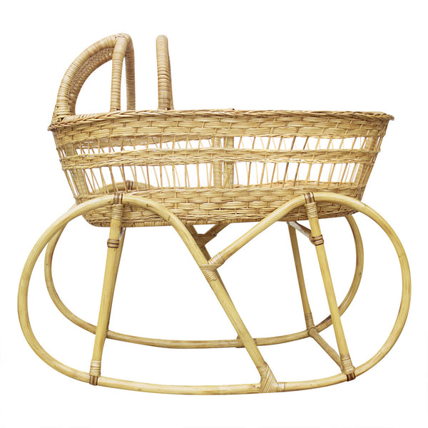 Vintage Wicker Bassinet - Design Dua.