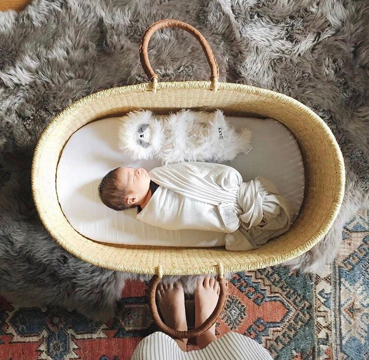 Signature Collection-Nap & Pack Bassinet: Natural