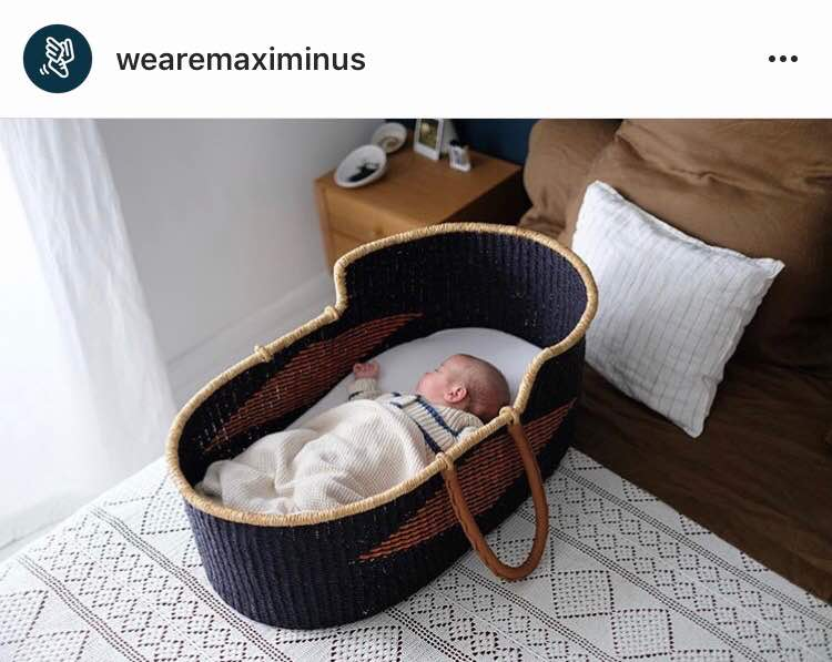 Signature Bilia Bassinet - Black Star