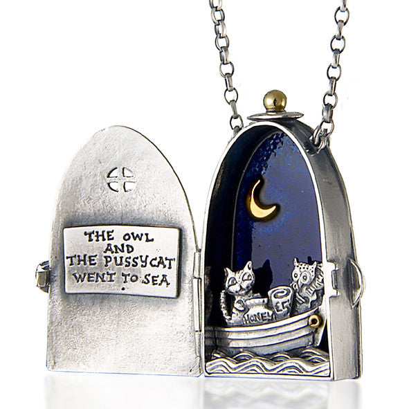 'Owl and Pussycat' locket