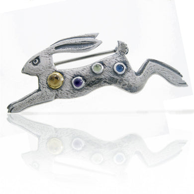 'Hare of Good Fortune', brooch
