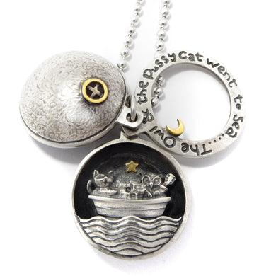 'The Owl and the Pussycat went to Sea...', locket