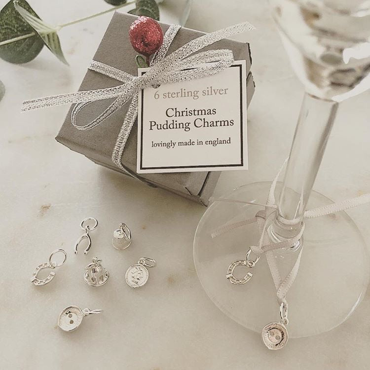 'Pudding Charms', set of 6 solid silver charms
