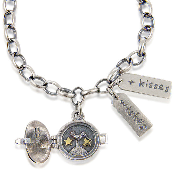 'Wishes and Kisses' bracelet