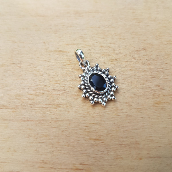 Black Onyx Mini Rawa Pendant