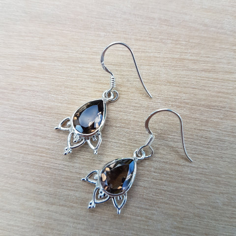 Smoky Quartz Mini Mehindi Earrings