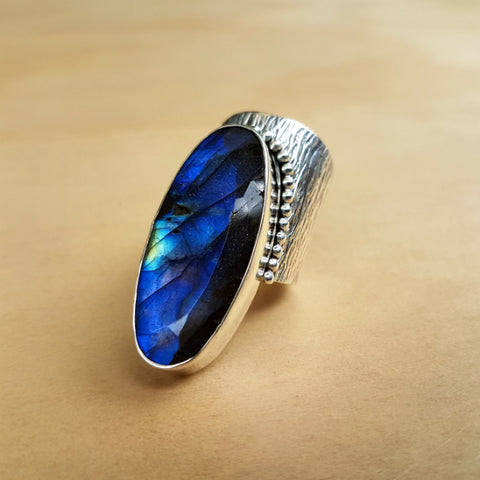 Unique Oval Labradorite Ring - Inspired Tribe Silver Jewellery