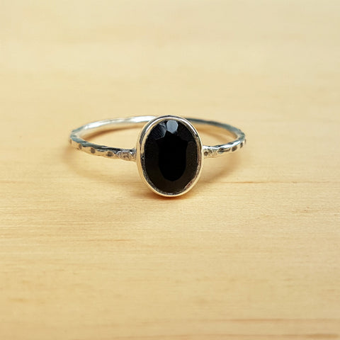 Black Onyx Hammer Band Ring
