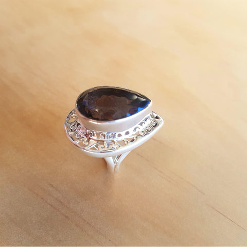 Teardrop Jali Smoky Quartz Ring