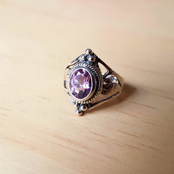 Amethyst Jali Cut Sterling Silver Ring - Inspired Tribe Silver Jewellery