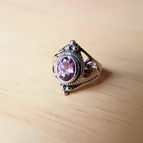 Amethyst Jali Cut Sterling Silver Ring