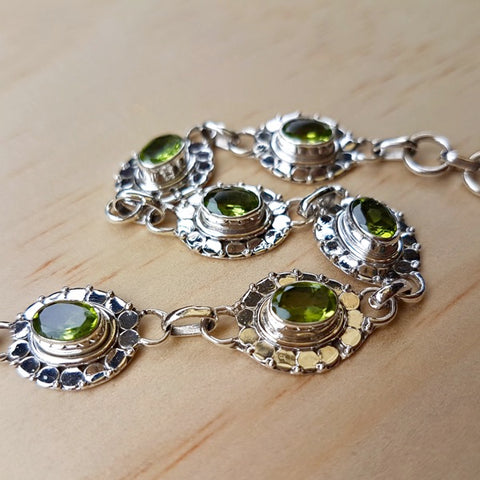 Peridot and Silver Detailed Tennis Bracelet