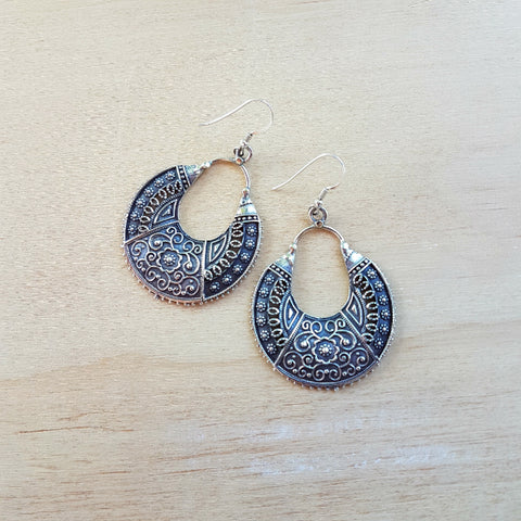Silver Sarbani Ethnic Earrings