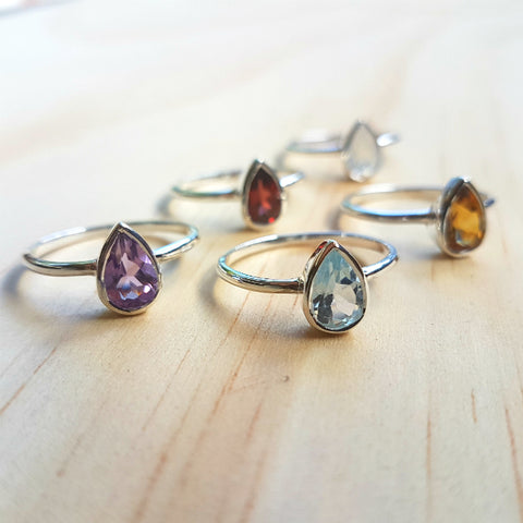 Contemporary Small Teardrop Ring Rainbow Labradorite (Moonstone) - Inspired Tribe Silver Jewellery