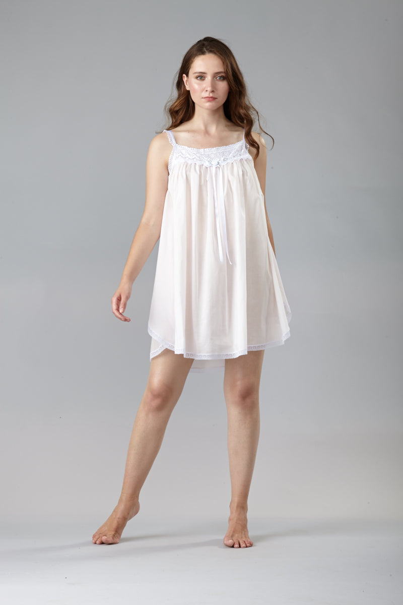 40102- Short gown