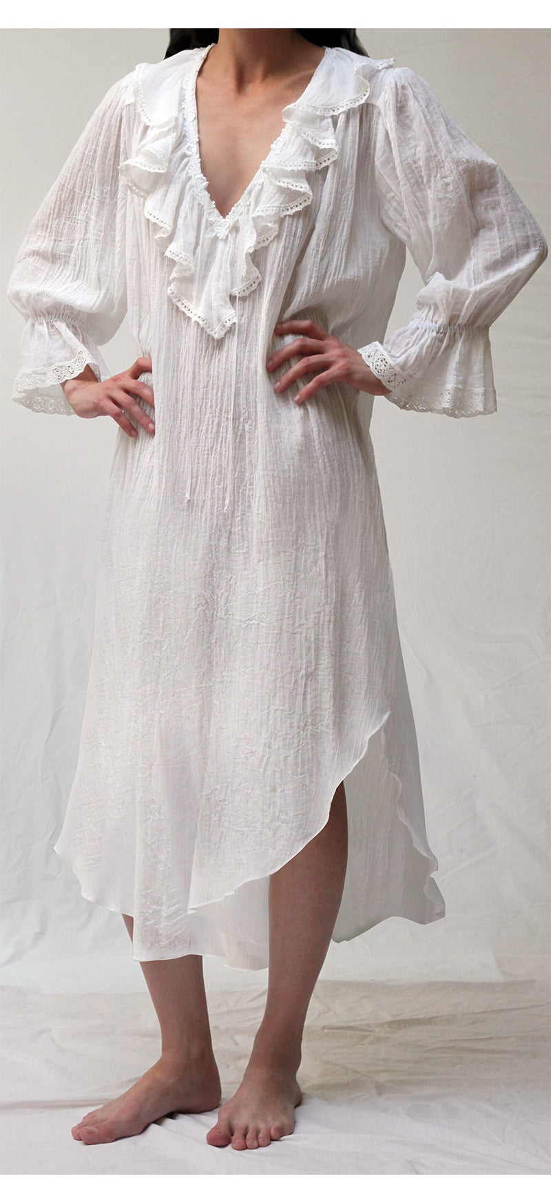 38036  Long Poet Nightshirt