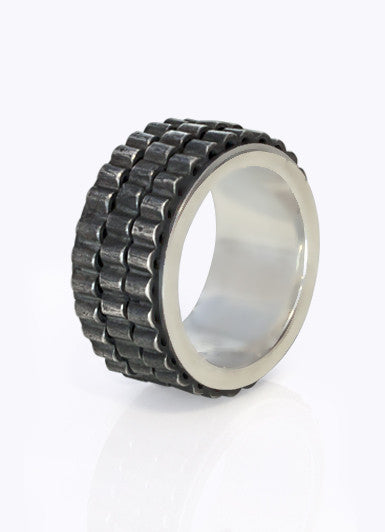 Kinetic moving design mens ring