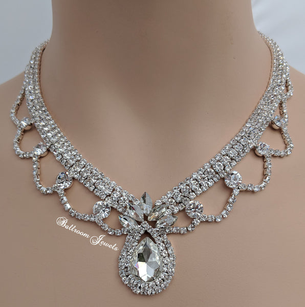 Crystal Pear and Loop necklace set