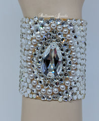 Swarovski Crystal and Pearl Bracelet Center pear 2 1/2 inches wide