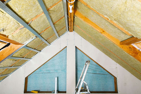 WADE BUILDING SUPPLIES | ROCKWOOL INSULATION SLABS IN ROOF OF HOME