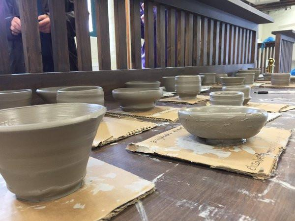Have A Go Throw with Lorraine Bates at Middleport Pottery 2nd April 2016
