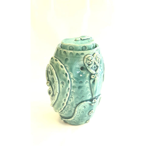 The Owl Scholar lidded pot 2020 by Ian Tinsley Pottery
