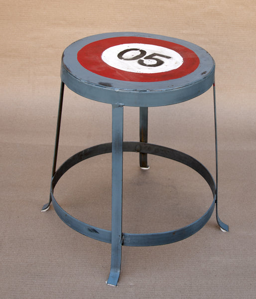 PERRY- SHORT KIDS STOOL