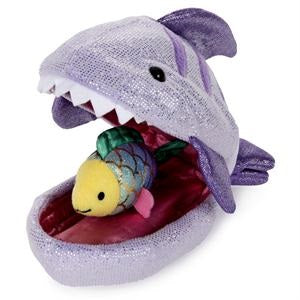Gund - Shark Plush Pod