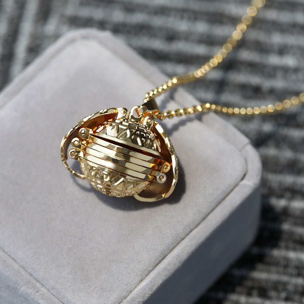 Memory Floating Locket Necklace