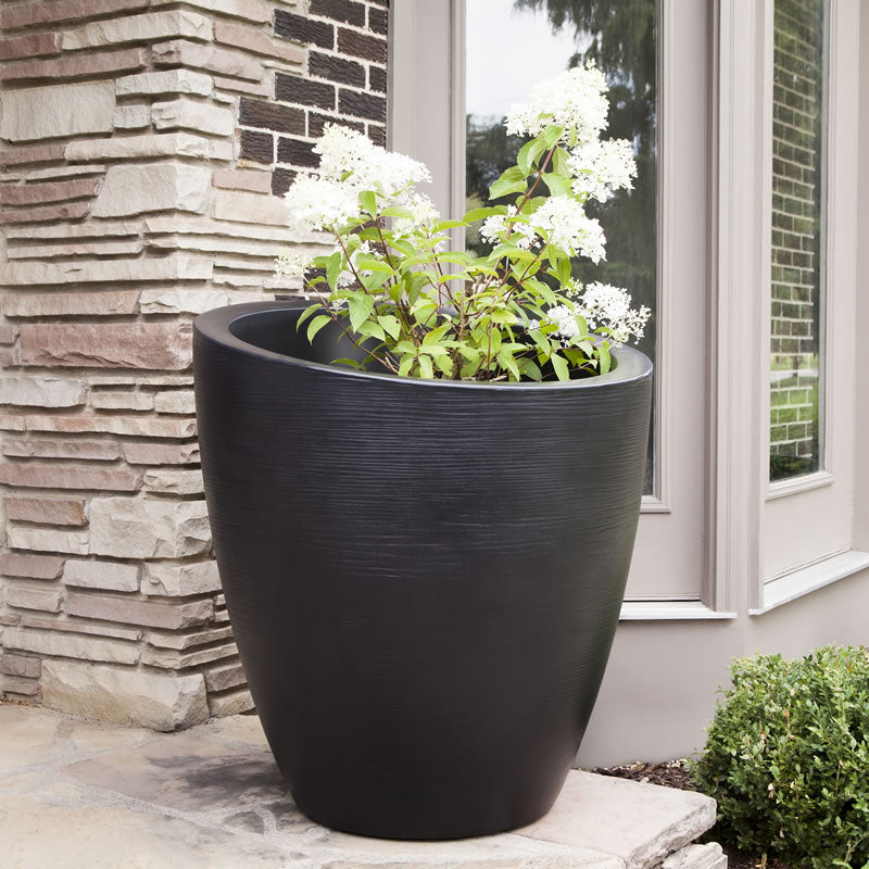 Mayne Planters + Accessories