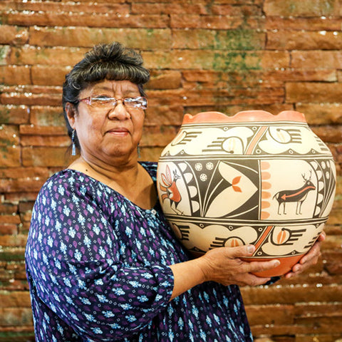 Elizabeth Medina Pueblo Potter from Zia and Jemez