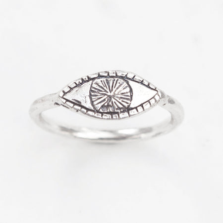 Watchful eye ring - silver
