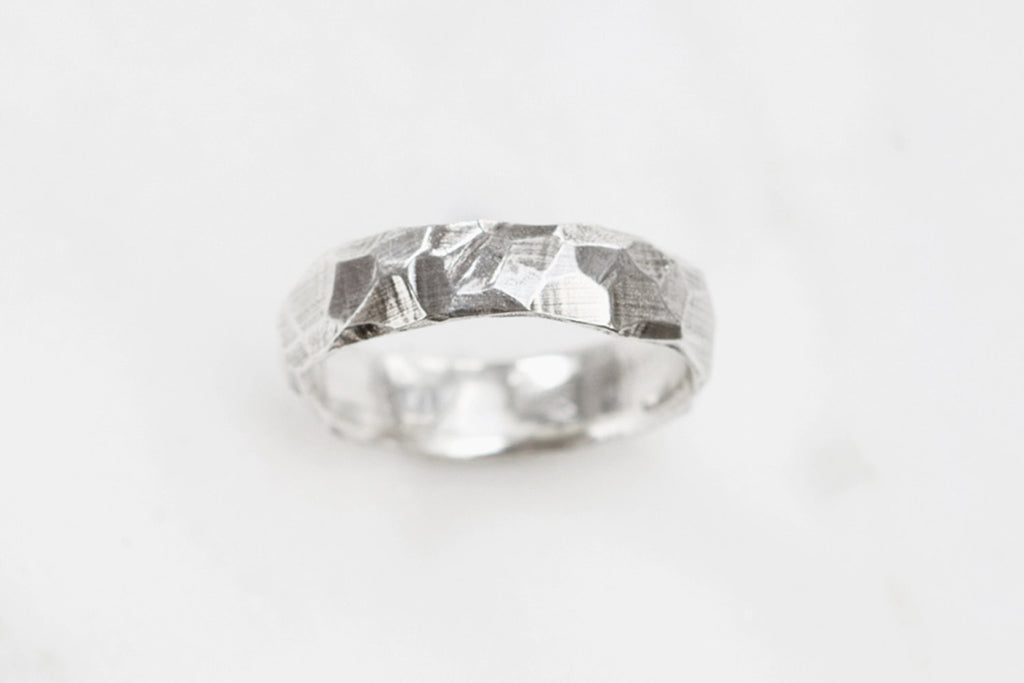 Rough and smooth ring - wide silver