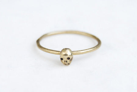 Tiny skull single ring - brass
