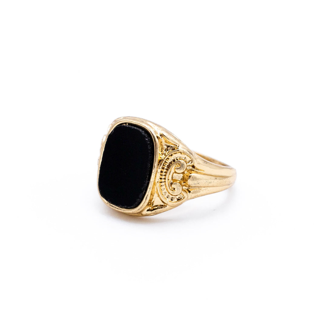 Square Detail Onyx Ring