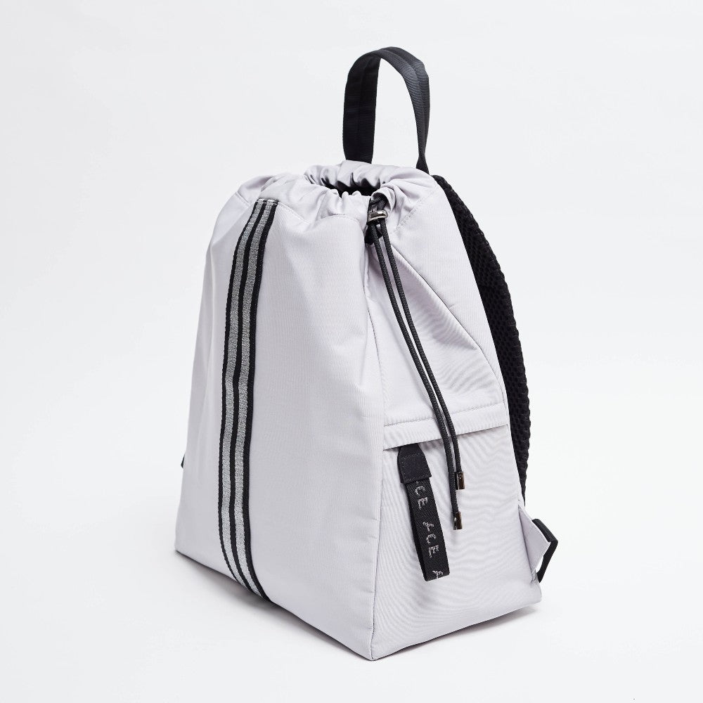 Side view of the ACE Bagpack color Light Grey made with ECONYLu00ae regenerated nylon