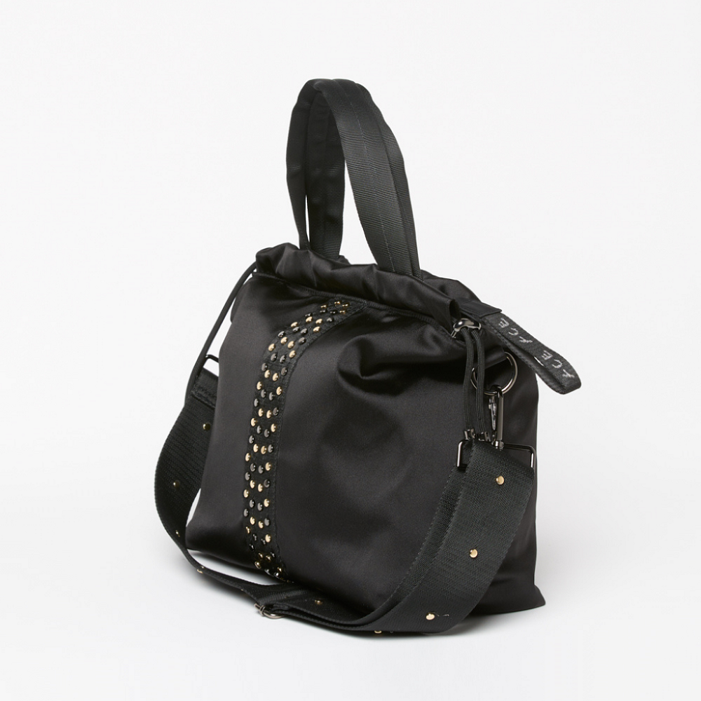 Side view of the ACE Urban Tote Bag color Black made with ECONYLu00ae regenerated nylon