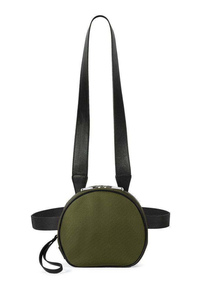 Front view of The Gallery Messenger bag aoifeu00ae color Military green made with ECONYLu00ae regenerated nylon