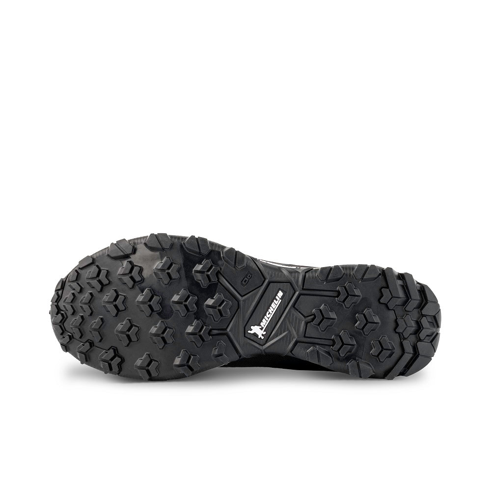 Bottom view of the 9.81 N.AIR.G 2.0 GTX Man Shoes Garmont Footwear color Black made with ECONYLu00ae regenerated nylon