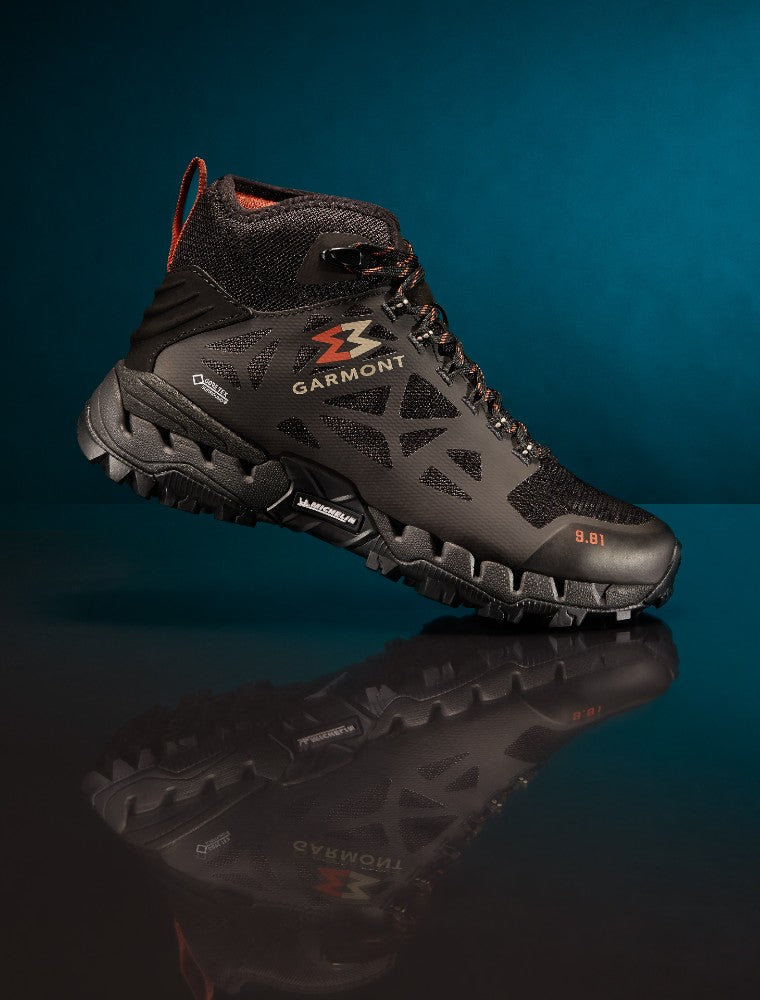 Detail of the 9.81 N.AIR.G 2.0 MID GTX WMS Woman Shoes Garmont Footwear color Black made with ECONYLu00ae regenerated nylon