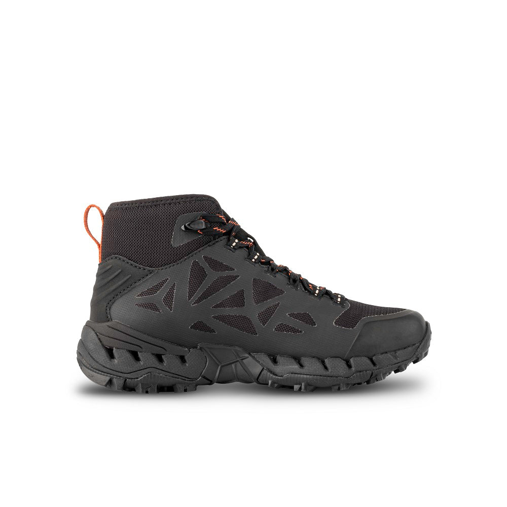 Side view of the 9.81 N.AIR.G 2.0 MID GTX WMS Woman Shoes Garmont Footwear color Black made with ECONYLu00ae regenerated nylon