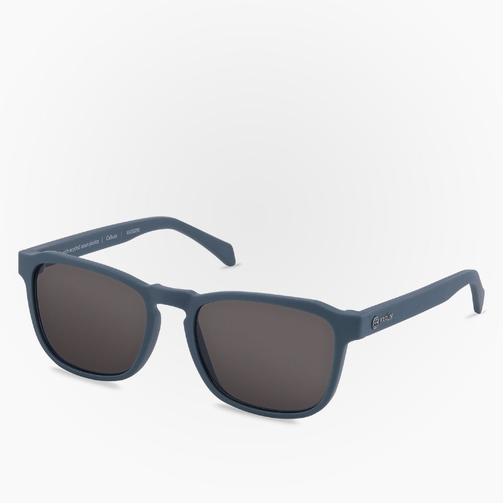 Side view of the Sunglasses Calbuco Karun color Blue made with ECONYLu00ae regenerated nylon